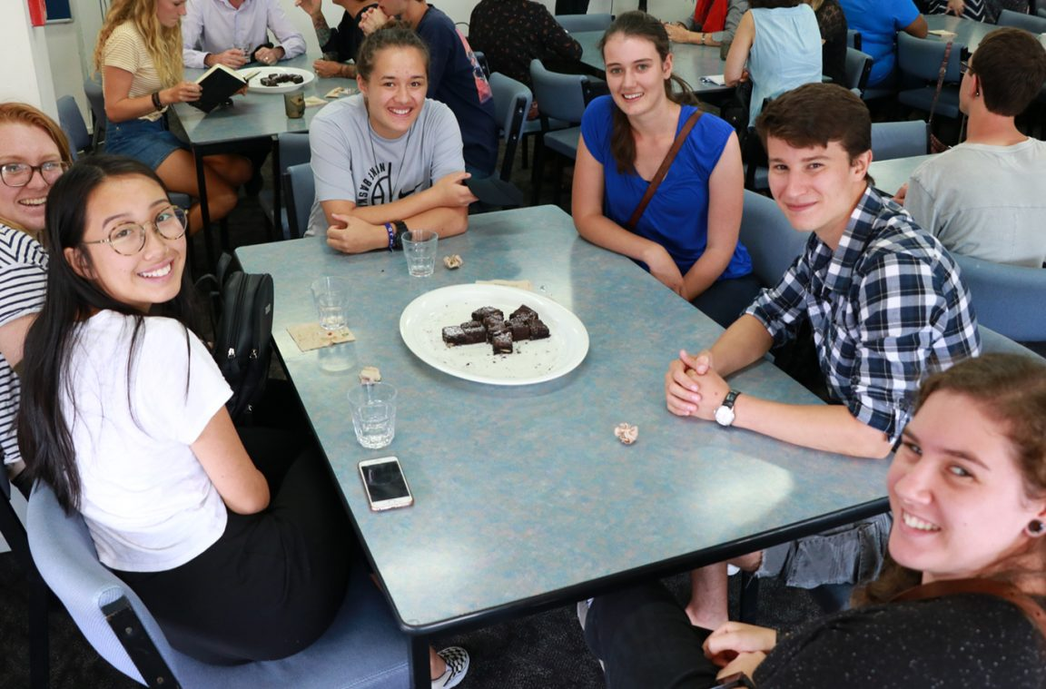New students enjoying lunch together in the Wharekai